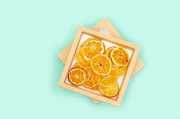 Trockene scheibe früchte mandarine