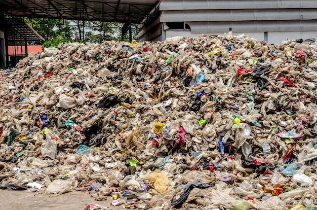 Trockener siedlungsabfall für die abfallverwertung