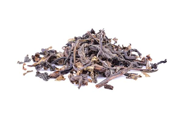 Trockener tee isoliert auf weiß