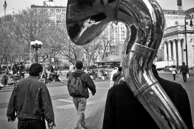 Trompet auf dem rücken