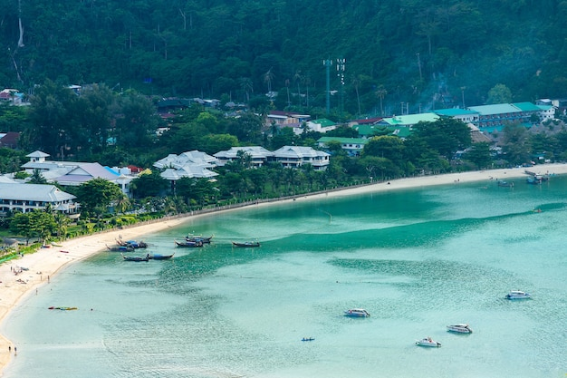 Tropeninsel mit erholungsorten phi-phi-insel krabi-provinz thailand