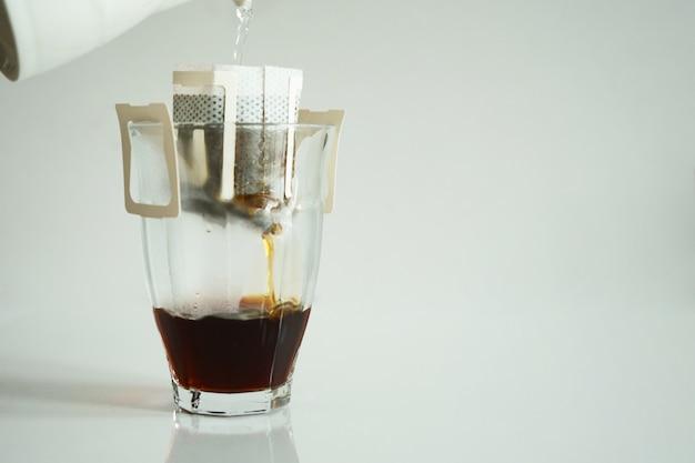Tropfbeutel frische kaffeetasse