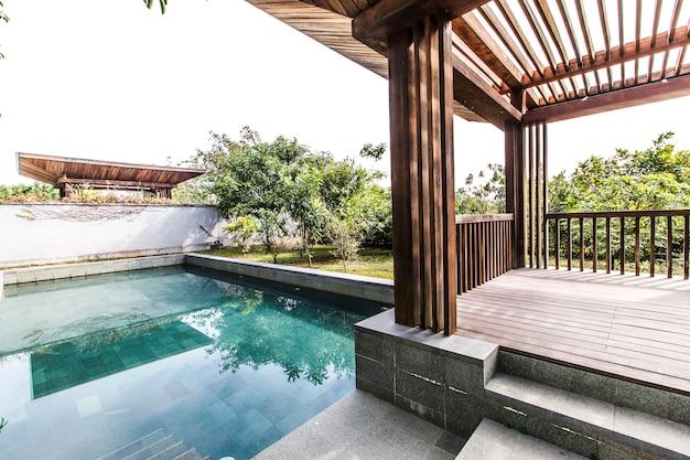 Tropischen luxus wasser himmel