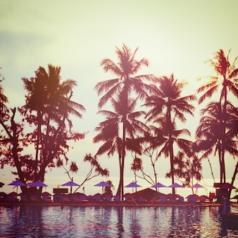 Tropischer strand. vintage instagram-effekt.