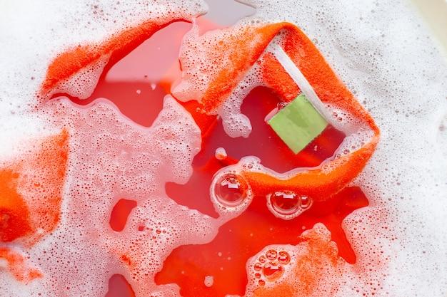 Tuch vor dem waschen einweichen, poloshirt