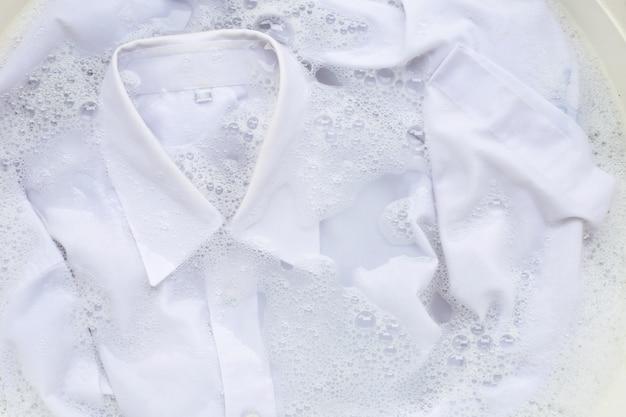 Tuch vor dem waschen einweichen