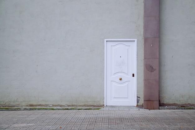 Tür auf der straße