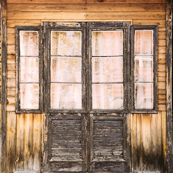 Türen im vintage-stil. nahansicht