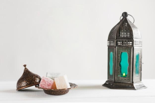 Türkische freude und kerzenständer