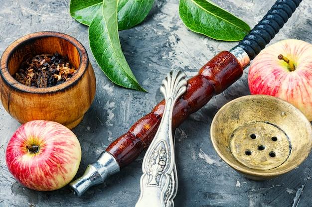 Türkische huka mit apfeltabak