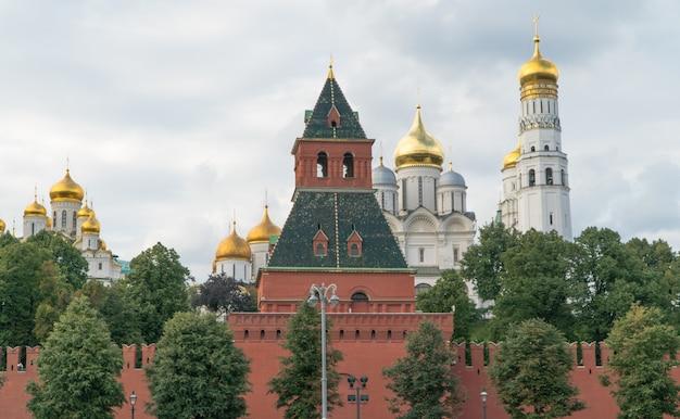 Türme des russischen kremls, panoramablick