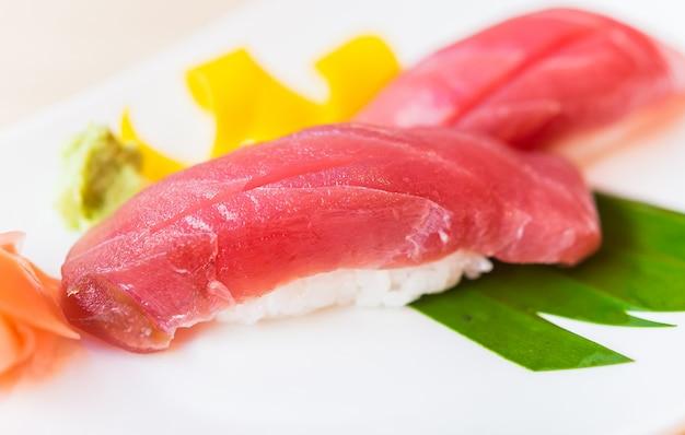 Tunfisch sushi