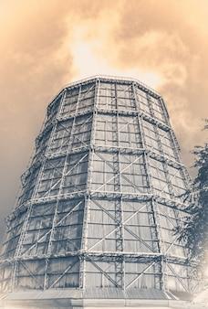 Turm eines kraftwerks