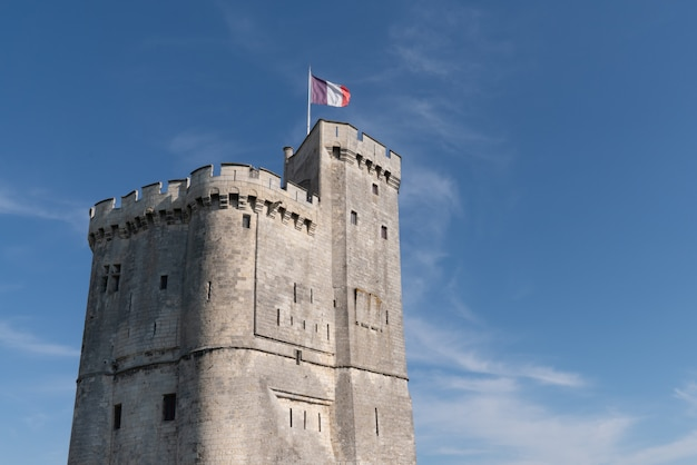 Turm eingang hafen in la rochelle frankreich