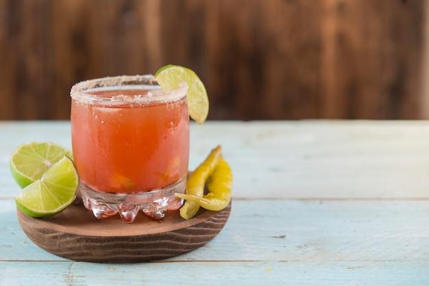 Typisch mexikanischer cocktail