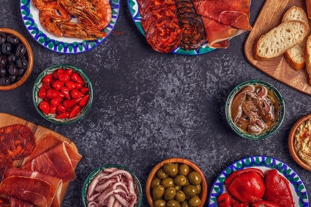 Typisch spanisches konzept von tapas.