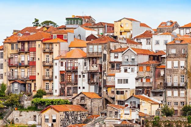 Typische architektur im zentrum von porto, portugal