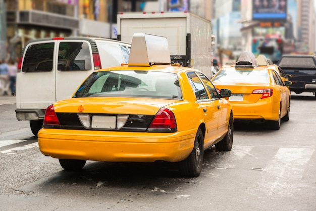 Typische gelbe taxis in new york