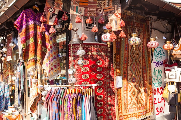 Typischer straßenmarkt in sarajevo
