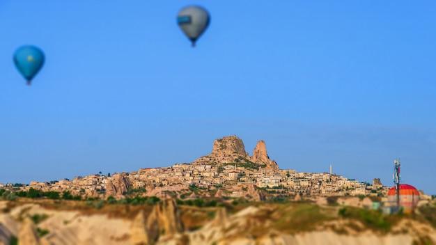 Uchisar-schloss in cappadocia-region von der türkei