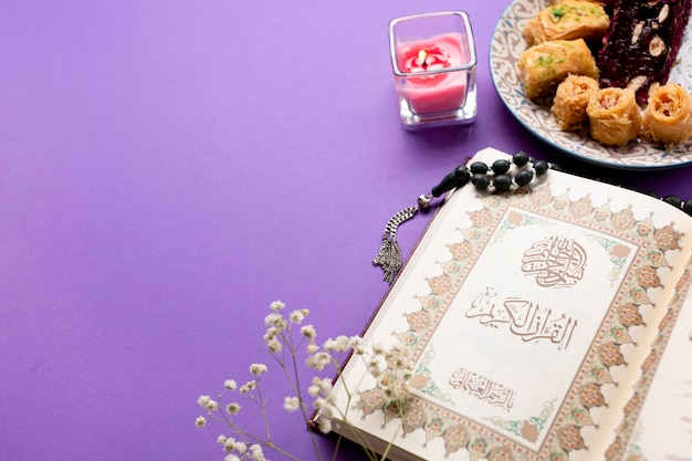 Über ansicht traditioneller islamischer tisch