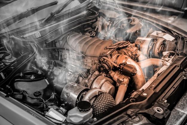 Überhitzter muscle-car-motor