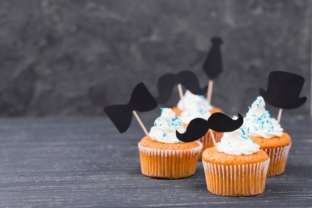 Überraschung für den vatertag mit cupcakes