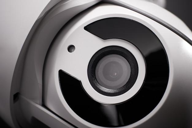 Überwachungskamera isoliert, nahaufnahme.