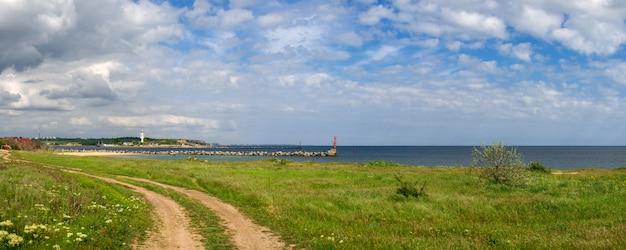 Ufer des schwarzen meeres in der odessa-region in der ukraine