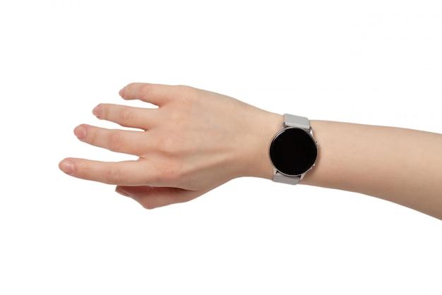 Uhr auf frau hand isoliert
