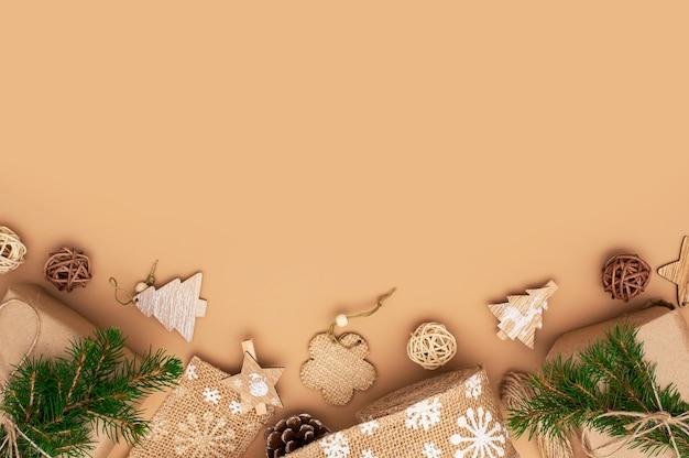 Umweltfreundlicher weihnachts- oder neujahrshintergrund. weihnachten zero waste dekor.