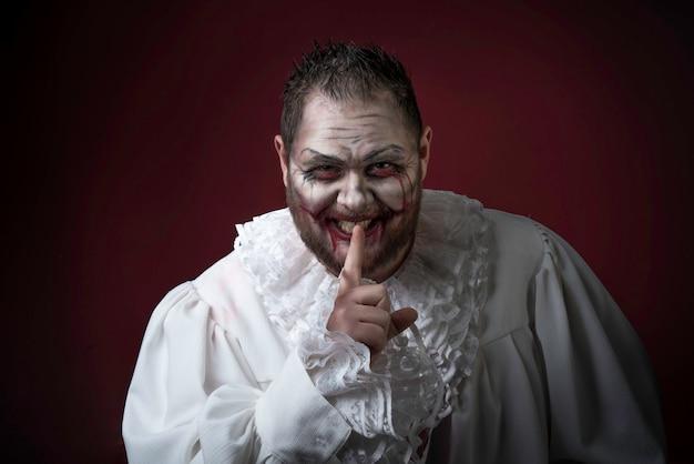 Unheimlicher böser clown