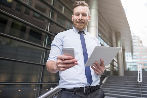 Unternehmen benötigen neue technologien für eine ordnungsgemäße entwicklung