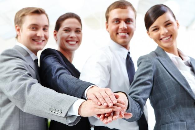Unternehmer arbeiten zusammen
