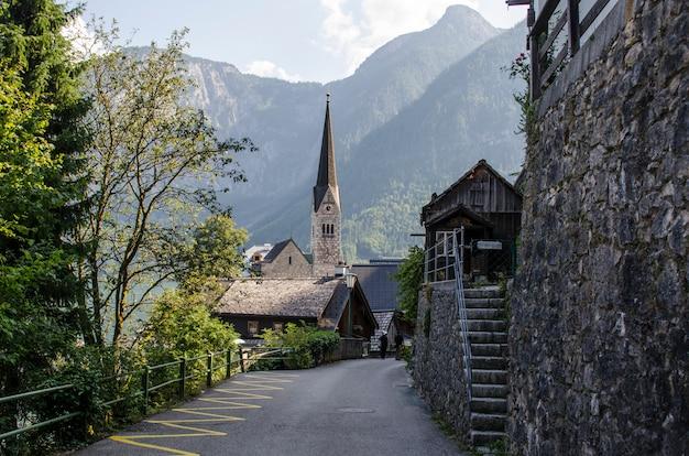 Unterschiedliche ansicht der haube der hallstatt-kathedrale salzburg, österreich