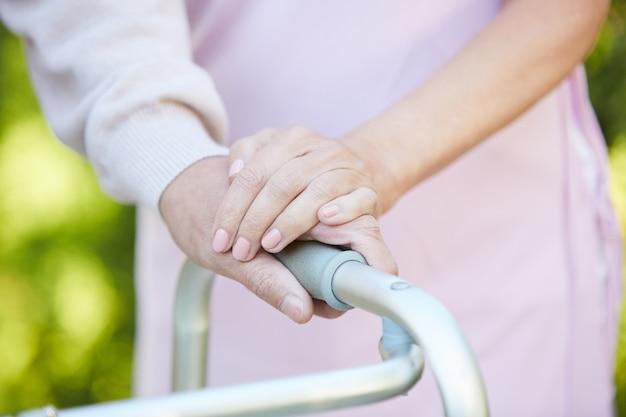 Unterstützung bei der rehabilitation