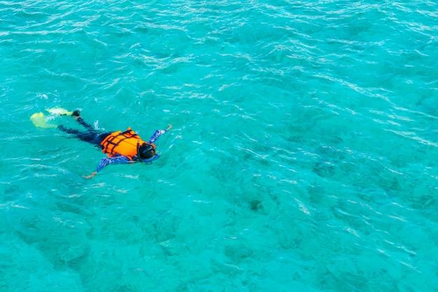 Unterwasser-wasser-schnorchel urlaub karibik