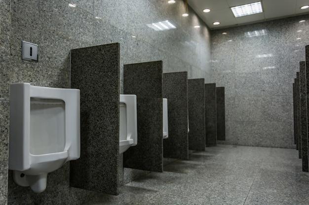 Urinale für männer
