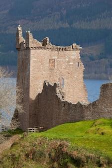 Urquhart castle schottland