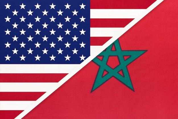 Usa gegen marokko-staatsflagge vom gewebe. beziehung zwischen zwei amerikanischen und afrikanischen ländern.