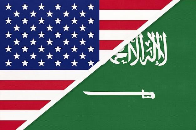 Usa gegen saudi-arabien nationalflagge aus textil.