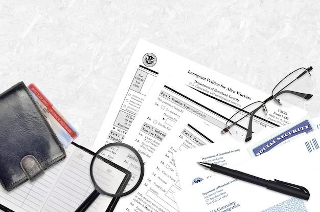 Uscis-formular i-140 einwanderungsgesuch für ausländische arbeitnehmer