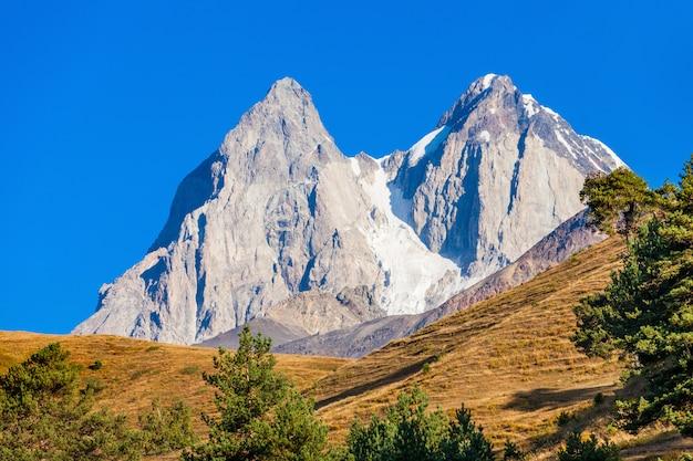 Ushba berg, georgia