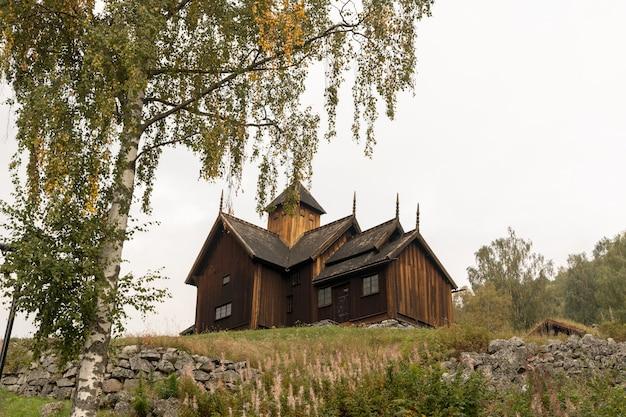Uvdal stabkirche historische holzkirche in nore und uvdal, norwegen