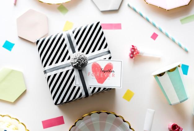 Valentines geschenkbox überraschung