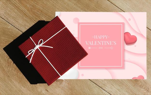 Valentines überraschungsgeschenk und karte