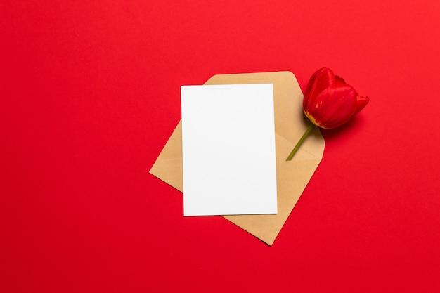 Valentinskarte und umschlag