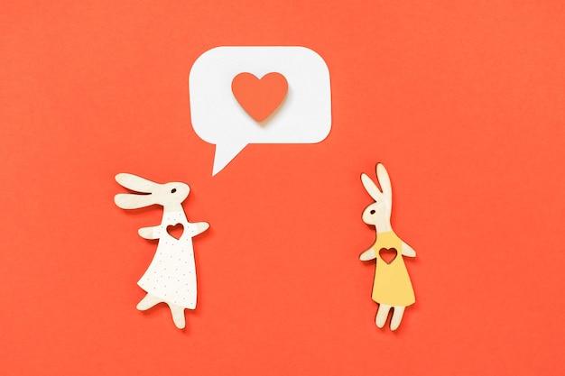 Valentinstag lgbt konzept paar kaninchen, ein mädchen und ein mädchen, mit herzen