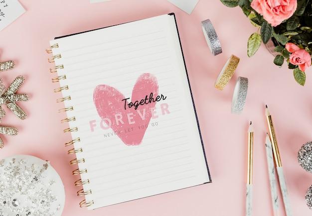 Valentinstag nachricht in einem notizbuch gezeichnet