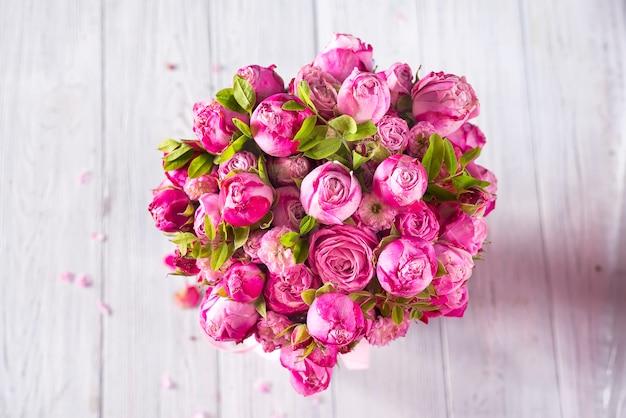Valentinstag von rosa rosen